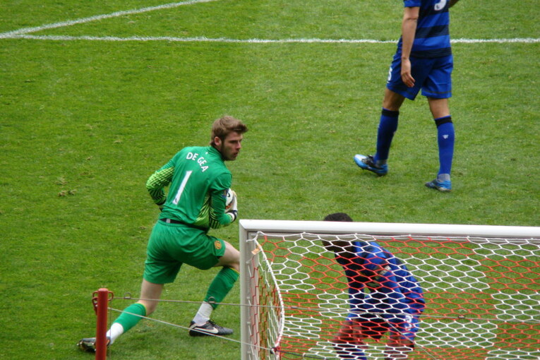 Will de Gea surpass Ronaldo hattrick and win fourth consecutive POTY?