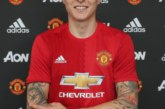 Twitter users lay into Man United's new signing after shaky performance