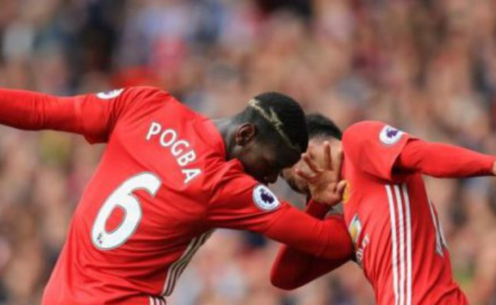 'Forget Ozil' – Man United fans react to star's performance against Stoke City