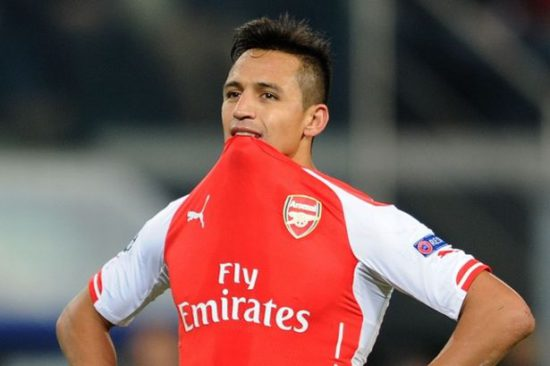 Manchester United set to complete signing of Alexis Sanchez