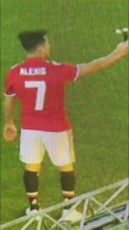 Picture: Leaked image of Alexis Sanchez in Manchester United jersey