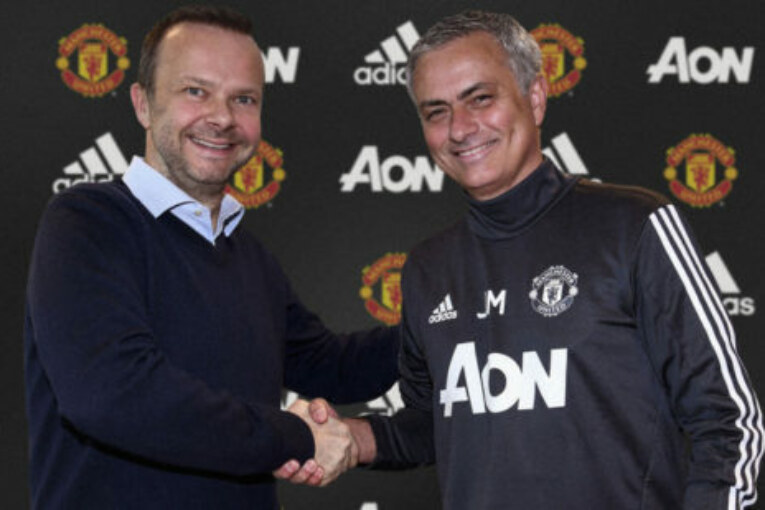 Picture: Mourinho all smiles with Ed Woodward after agreeing deal